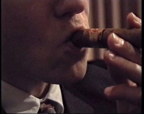 Annika Larson, Cigar, 1999 (7:14 min)