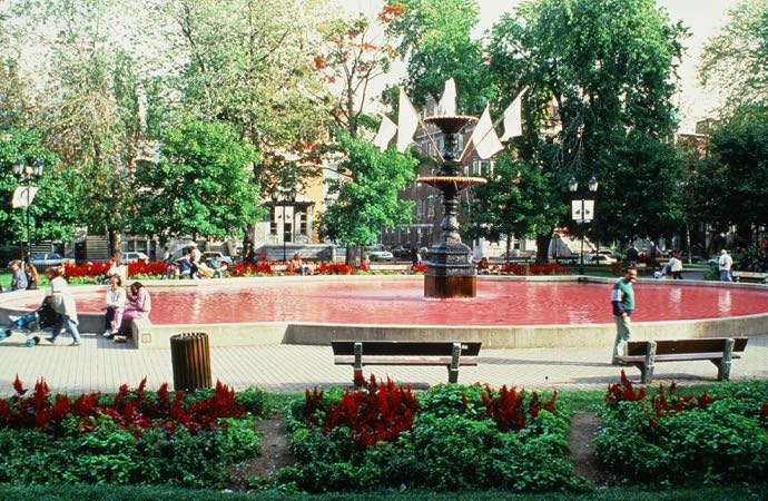 PierreAllard_1993_CarreSaintLouis_Fontaine_1a