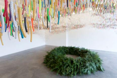 Ludovic Boney, Sous les chatons, 2017, Installation, Galerie Michel Guimont, Québec